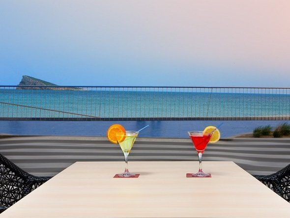 Chill out bar villa del mar hotel benidorm