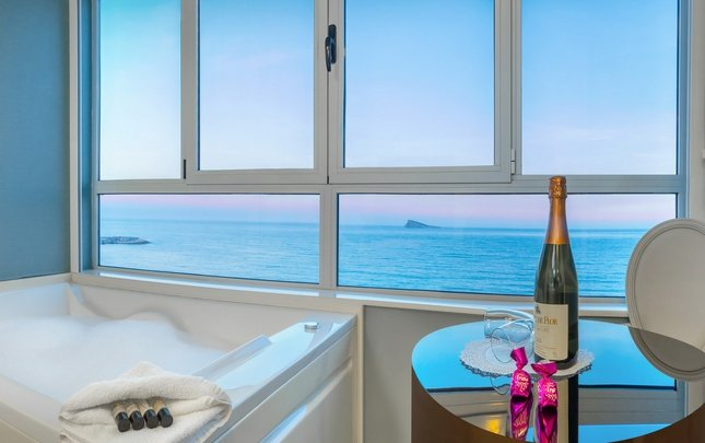 Jacuzi dream sea view villa del mar hotel benidorm